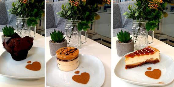 Káva s koláčikom pre jednu alebo dve osoby alebo balenie koláčikov so sebou/Brezno