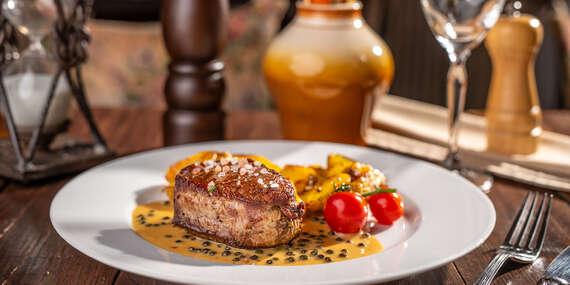 Výborné hovädzie steaky v reštaurácii Modrá Hviezda, na výber 2 druhy/Bratislava - Staré Mesto