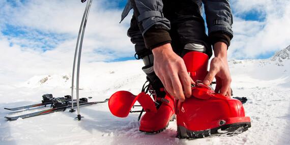 Požičajte si lyže alebo snowboard v Jasnej za super ceny a skočte na svah v plnej výbave / Demänovská Dolina - Jasná