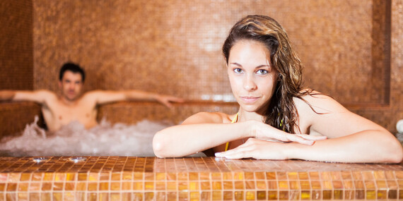 Rodinný wellness pobyt so vstupom do Spa & Aquapark Turčianske Teplice v Hoteli Rezident*** + dieťa do 12 r v cene/Turčianske Teplice