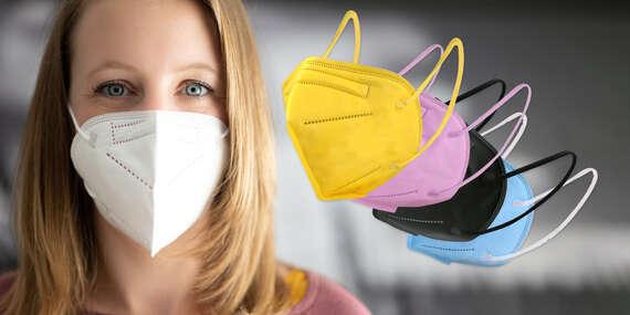 Farebné, čierne a biele KN95/FFP2 respirátory bez výdychového ventilu/Slovensko