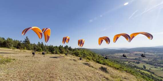 Trojdňový kurz paraglidingu pre 1 alebo 2 osoby v krásnom prostredí Nízkych Tatier / Liptovský Mikuláš
