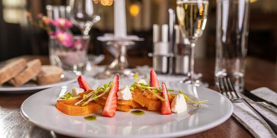 Romantické menu v reštaurácii Hradná hviezda v prostredí Bratislavského hradu/Bratislava - Staré Mesto