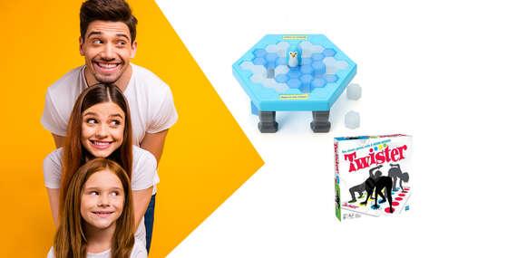 Tučniaky na ľade a Twister. Perfektná zábava plnú smiechu!/Slovensko