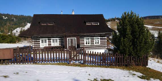 Pobyt až pre 8 osôb len 250 m od vlekov Bachledka Ski v tradičnej drevenici Goralský dvor (kultúrna pamiatka SR) / Ždiar - Bachledova dolina