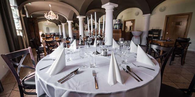 3-chodové degustačné menu pre 1 osobu v prostredí Bratislavského hradu v reštaurácii Hradná Hviezda.