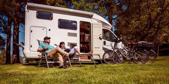 Dobrodružná dovolená v zapůjčeném obytném voze až na 8 dní pro 4 až 6 osob včetně havarijního pojištění / Krkonoše - Harrachov