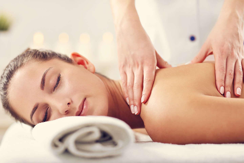 30-minútová klasická, reflexná alebo športová masáž v zdravotníckom zariadení ŠNOP