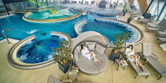 Relax v AquaCity Poprad alebo dobrodružstvo v panenskej prírode Slovenského raja s výhľadom na Tatry v Park Hoteli Čingov***