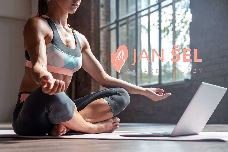 Uvoľnenie tela aj mysle vďaka online kurzu jogy s neobmedzeným ročným prístupom