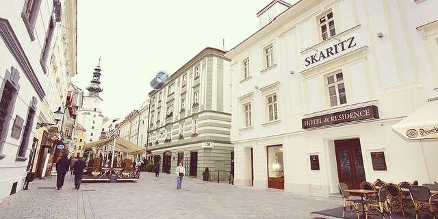 SKARITZ Hotel & Residence**** s úžasným interiérom a raňajkami, hneď pri Michalskej bráne