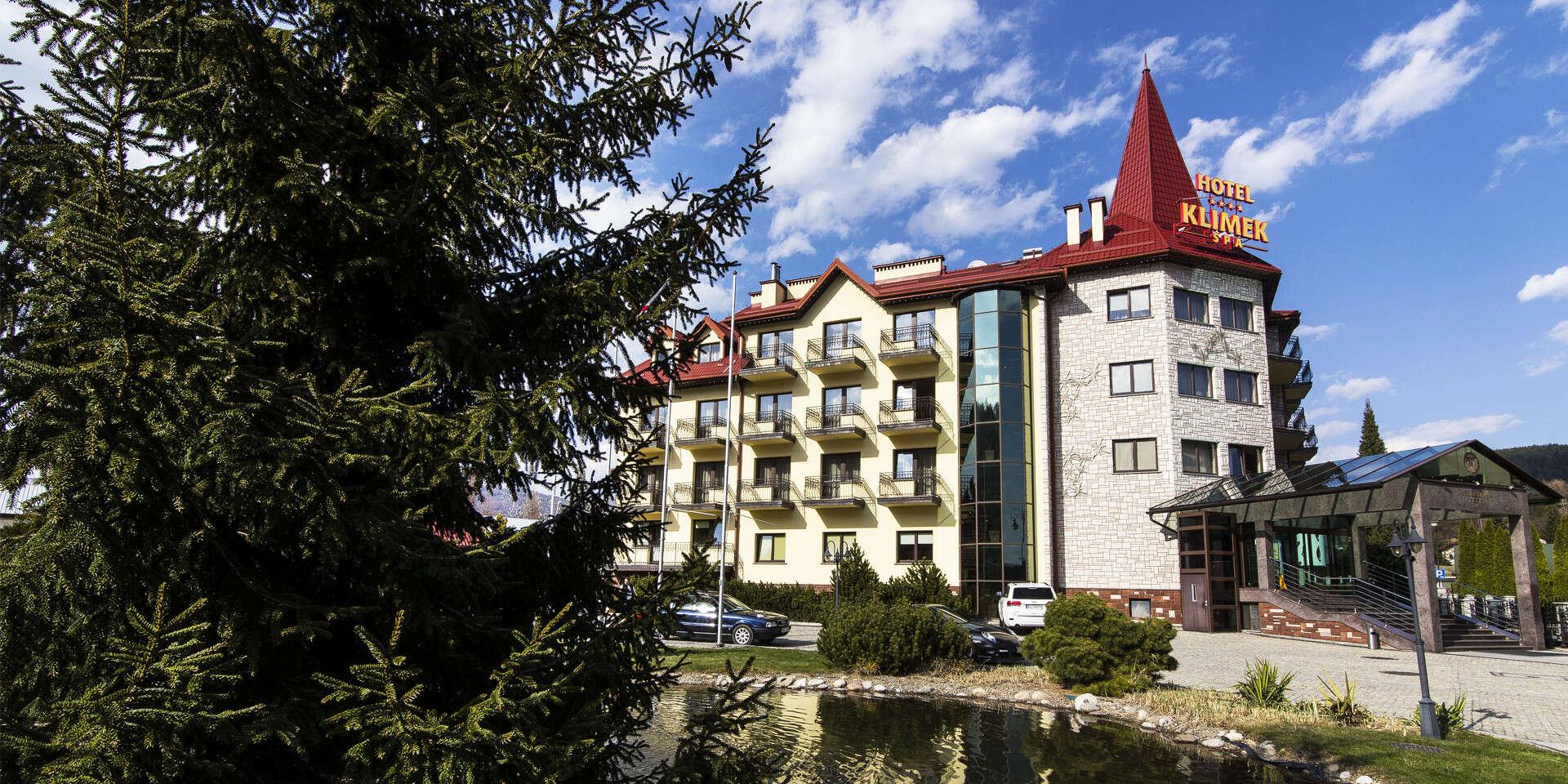 Dovolenka v krásnom prostredí s ubytovaním a polpenziou v známom hoteli Klimek****