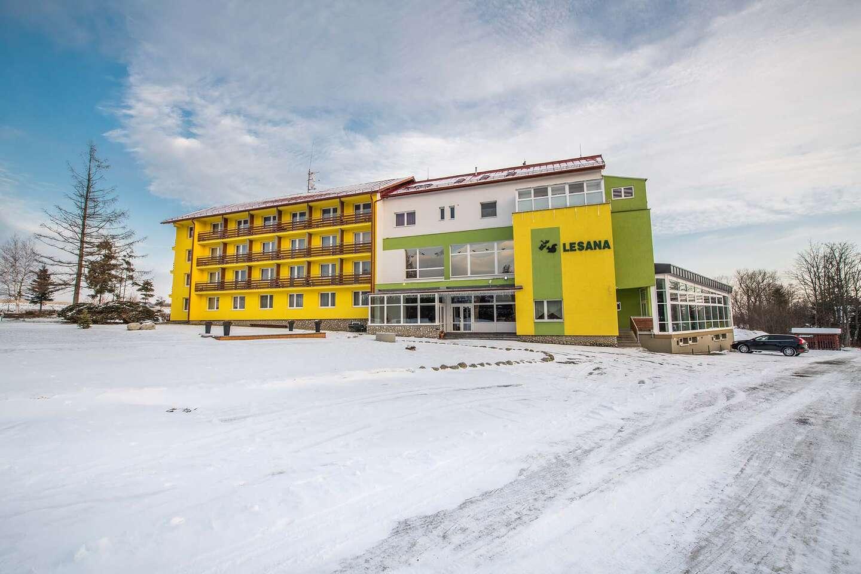 Hotel Lesana***: Tatry s výhľadom na Lomnický štít, wellness, po...
