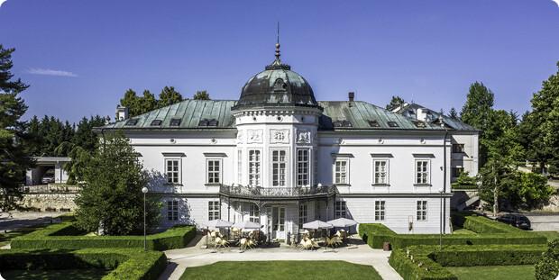 Ubytovanie v Grand Hoteli Tartuf