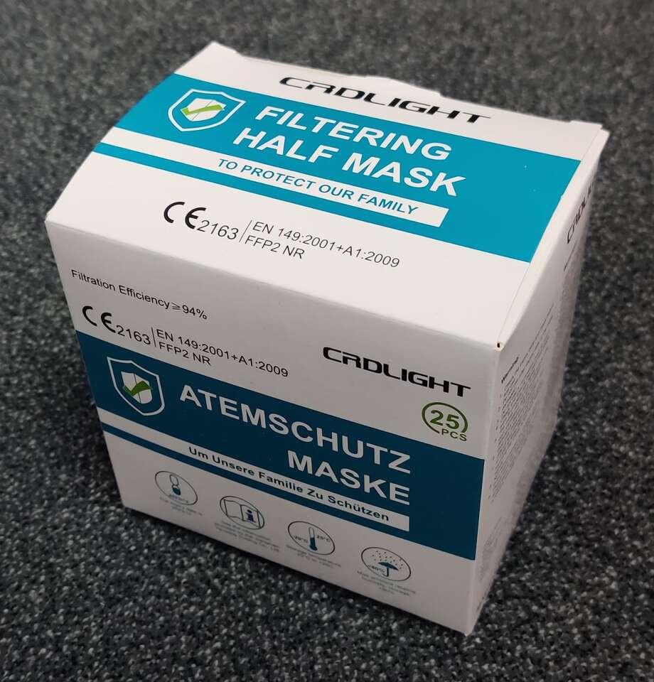 Farebné alebo biele respirátory FFP2 bez výdychového filtra