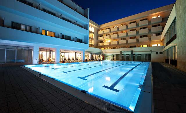 Relax s polpenziou, celodenným vstupom do aquaparku a ubytovaním v Liečebnom dome VEĽKÁ FATRA ****