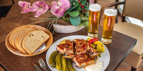 Grilované rebrá a dve malé pivá v Zlatej Lipe / Bratislava – Dúbravka