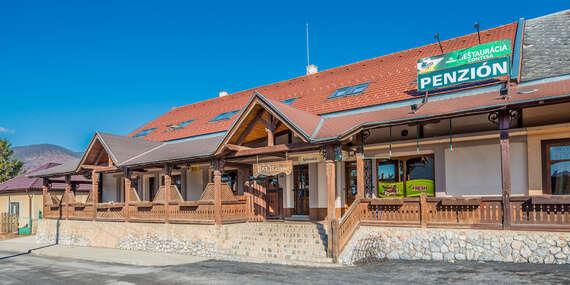 Pobyt pre dvoch s polpenziou a fľašou vína v Krásnohorskom Podhradí/Krásnohorské Podhradie