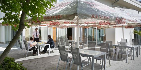 Relax, raňajky a parkovanie zdarma v pražskom hoteli Michael**** v obklopení prírody/Česko - Praha 4