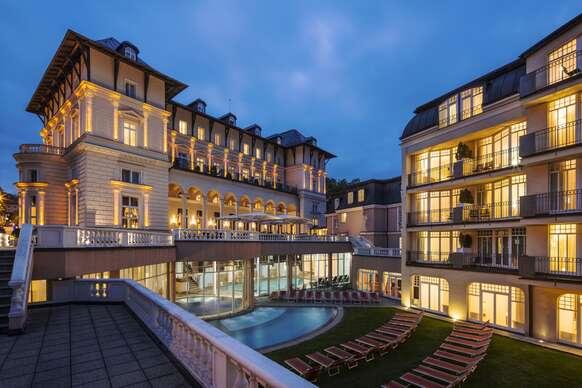 34% Luxusní pobyt ve Falkensteiner Hotel Grand Medspa…
