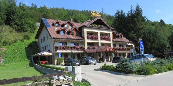 Hotel Fatra s raňajkami v centre Terchovej, jedného z najkrajších miest na Slovensku/Terchová