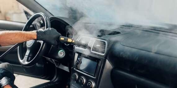 Dezinfekcia vozidla ozónom, ktorý zničí 99,9 % vírusov a baktérií/Bratislava – Petržalka