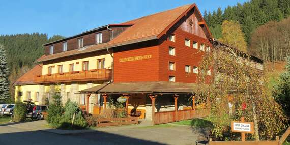 Horský hotel Kyčerka uprostřed hor a lesů s polopenzí přímo u bikeparku/Valašsko - Velké Karlovice