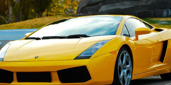 Zážitková jízda včetně paliva v Porsche, Lamborghini nebo Ferrari Italia jako spolujezdec nebo řidič / Praha, Kroměříž, Bratislava, Banská Bystřica
