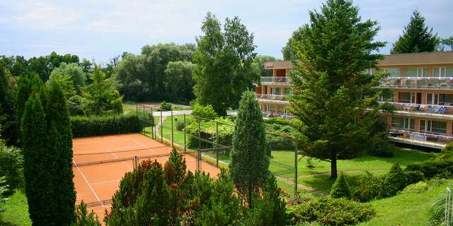 Letná dovolenka s procedúrami a plnou penziou v obľúbených Dudinciach v hoteli Flóra***