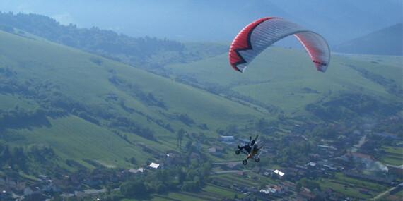 Zážitkový let – motorový tandemový paragliding/Trenčín