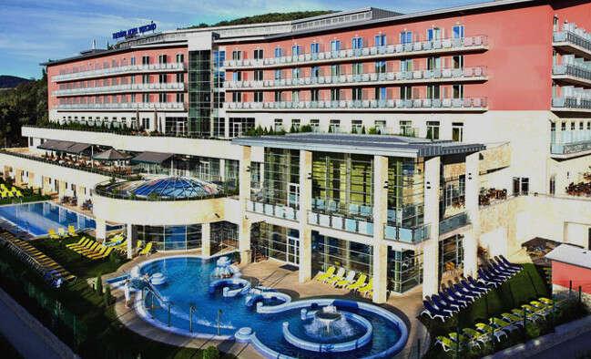 Leto v maďarskom Thermal Hotel Visegrad**** superior s polpenziou a ...