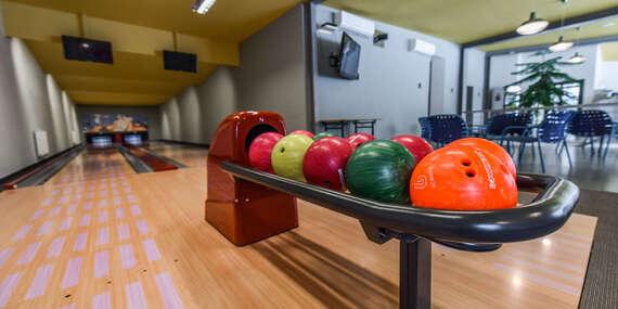 Bowling až pre 10 ľudí vo výnimočnom prostredí Kaštieľa Mojmírovce****/Nitra - Mojmírovce