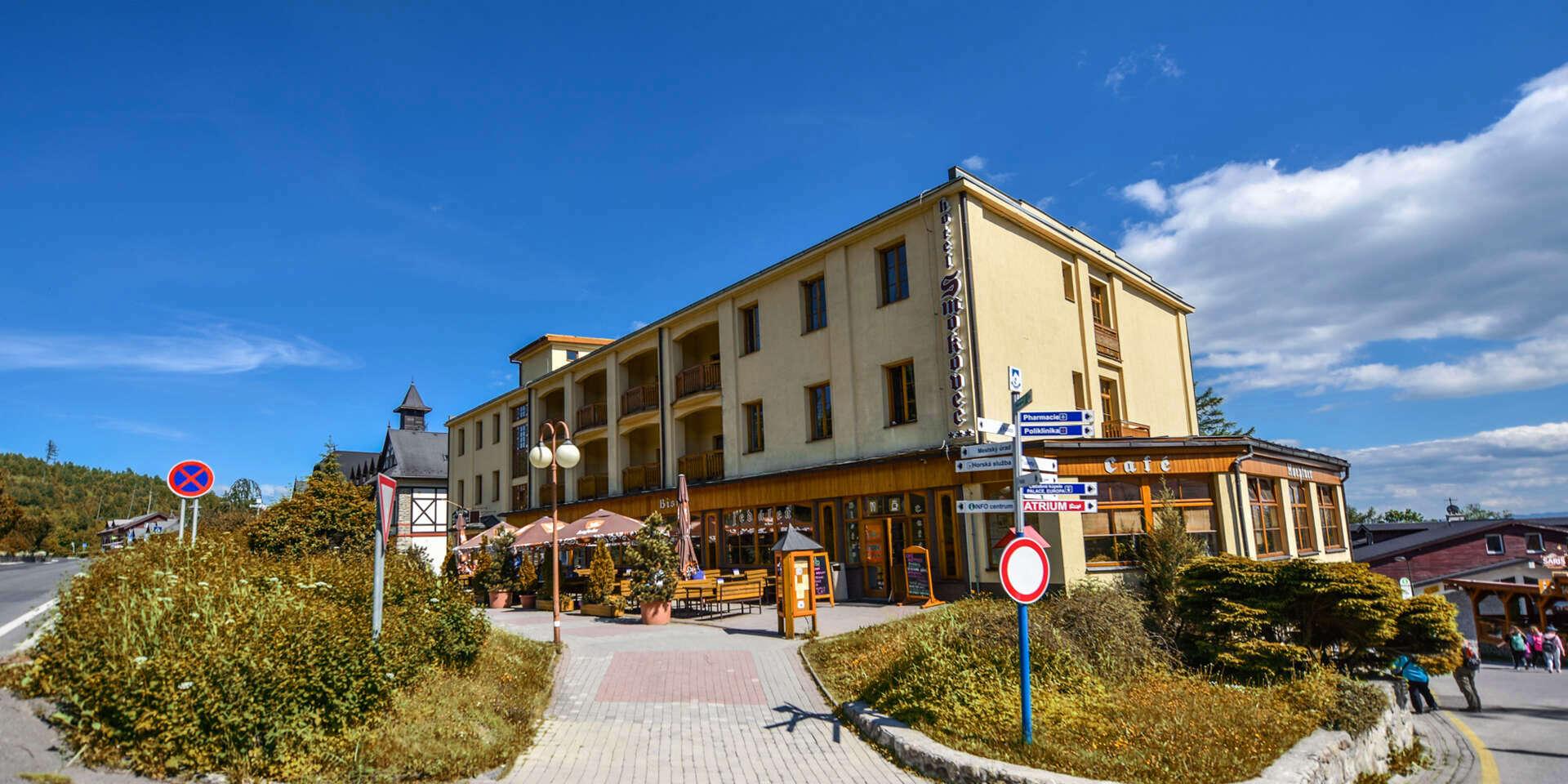 EXTRA ZĽAVA: Hotel Smokovec*** pri lanovke na Hrebienok so stravou a dieťaťom do 5 rokov zdarma