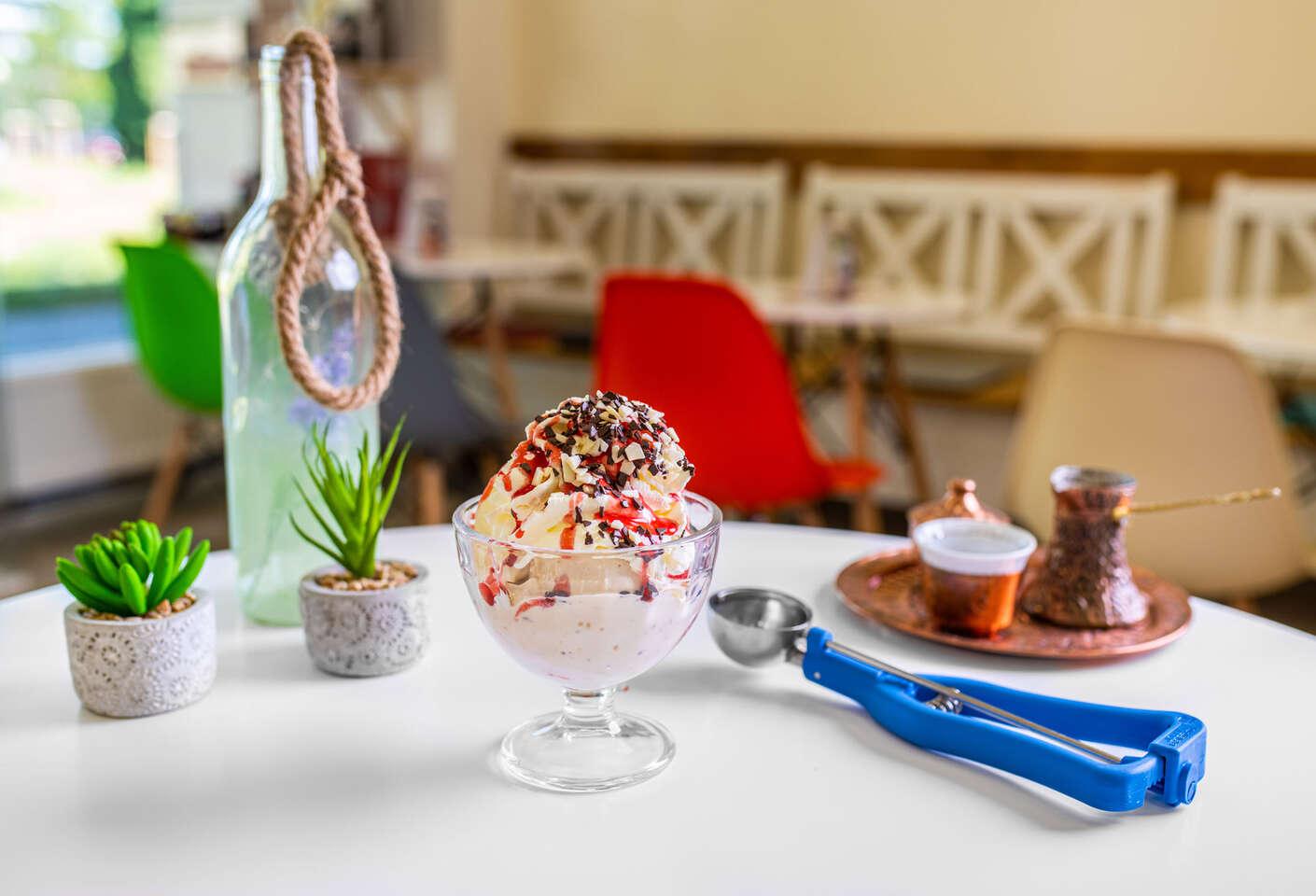 Zmrzlinový pohár z originálnej zmrzliny z Lopeja