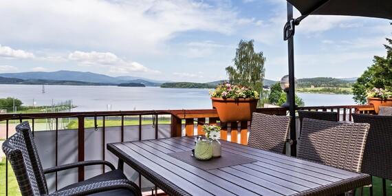 Hotel Racek *** přímo u Lipenské přehrady s polopenzí, wellness a fitness/Černá v Pošumaví
