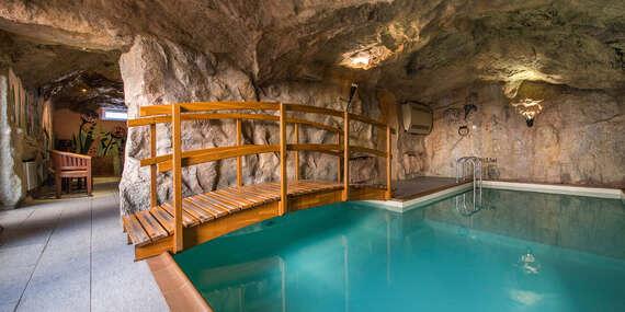 Ničím nerušený relax v hoteli Husárik**** s regionálnymi špecialitami a možnosťou kúpania/Kysuce - Čadca