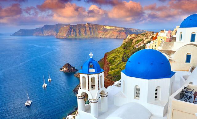 5 dní plných zážitkov na Santorini po boku slovenského sprievodcu CK s odletom z Viedne, raňajkami a ubytovaním 50 m od pláže