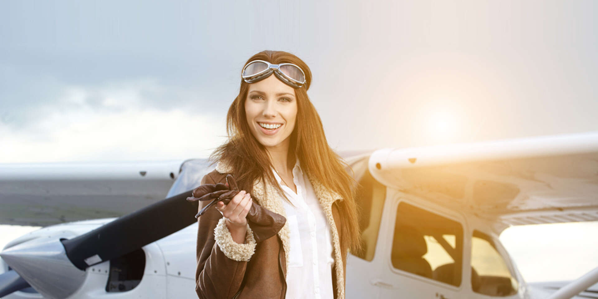 Vyleťte do výšin lietadlom a vyskúšajte si pilotovanie na vlastných krídlach – lety pre 1 až 3 osoby
