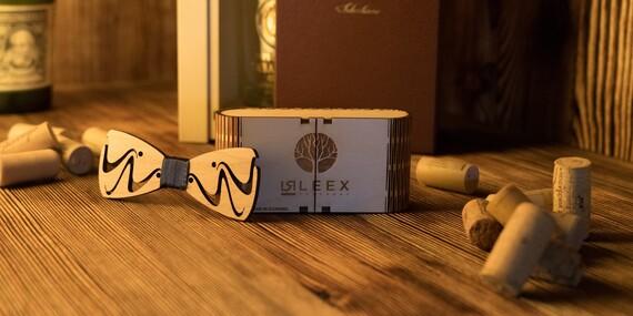Originálny ručne vyrábaný motýlik z dreva v darčekovej krabičke - 12 druhov na výber / Slovensko