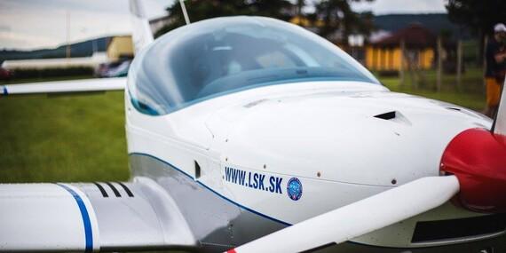 Let športovým lietadlom s možnosťou pilotovania/Zvolen - Dobrá Niva