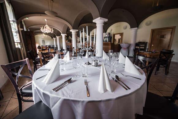 Steaky na tri spôsoby v lukratívnom prostredí Bratislavského hradu v reštaurácii Hradná Hviezda.
