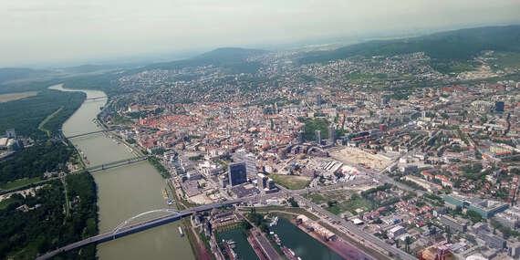 Pilotom na skúšku - hodinový zážitkový let nad Bratislavou: Uvidíte Karpaty, Senecké jazerá, Viedeň... / Bratislava