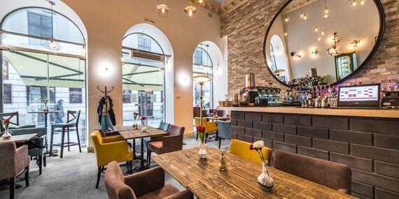 Francúzske raňajkové menu v útulnej reštaurácii Le Papillon v srdci Bratislavy/Bratislava - Staré Mesto