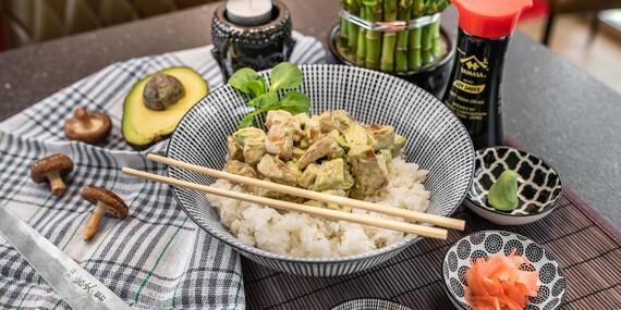 Japonské chirashi vo Fugu Sushi/Bratislava – Staré Mesto