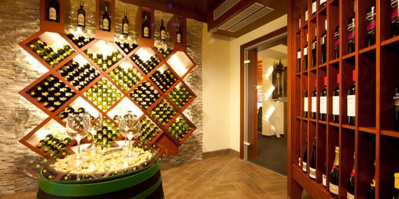 Skvělý odpočinek v hotelu Jana**** v Přerově s polopenzí, neomezeným wellness a bowlingem/Olomoucko - Přerov