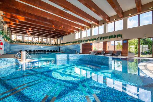 Wellness Hotel Diplomat****: Rajecké Teplice s wellness a bazénom aj počas víkendu