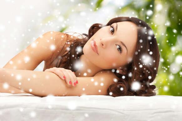 Sleva 50% na pobyt - Speciální balíčky s kosmetikou, masáží a lymfodrenáží v délce až 140 minut v salonu…