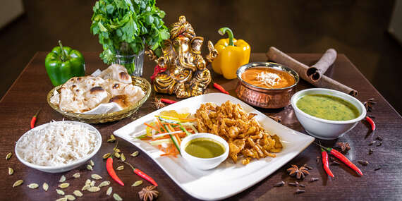 Thali degustačné menu v indickej reštaurácií The Curry pre 2 osoby - vegánske, vegetariánske alebo mäsové/Bratislava - Staré Mesto - Central Pasage