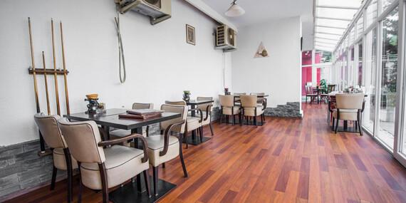 Kačacinka a víno pre 2 osoby v rodinnej reštaurácii Zlatá Lipa II/Bratislava – Dúbravka