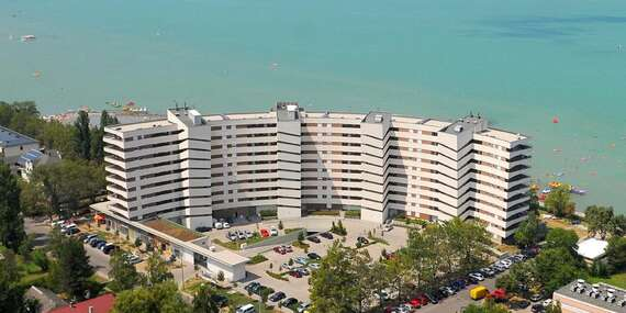Pobyt v prémiovom apartmáne s výhľadom na Balaton a neobmedzeným wellness/Siófok - Maďarsko